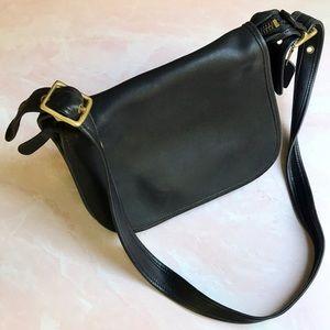 VTG COACH Black Leather Patricia Legacy Crossbody